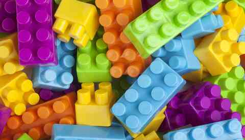 Duplo pieces to illustrate modules needed to build a website